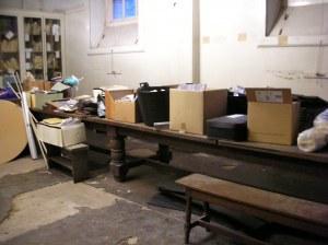 Cellar table
